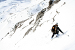 Descent of the Fuorcla Bercla. Skier: Rufus Herner. Photographer: Hugo van der Sluys. (204kB)